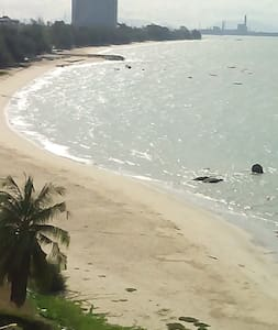 Beach Front Condo 2000 sq ft - Phala Beach - (ไม่ทราบ)