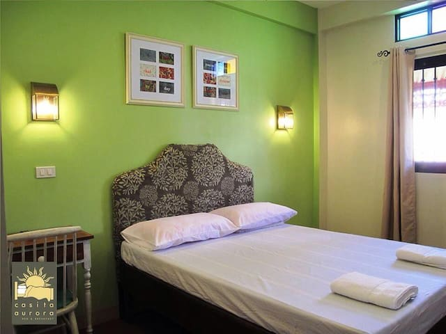 Casita Aurora Bed and Breakfast - Legazpi City - Bed & Breakfast