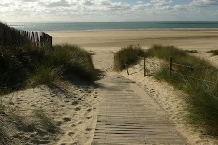 Gîte spacieux à 300m de la plage