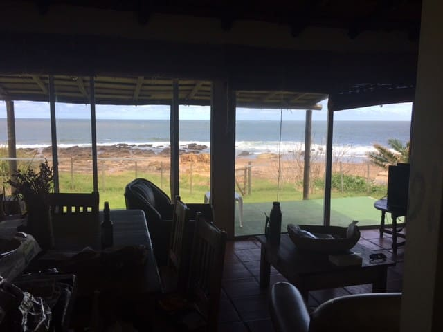 BEACH HOUSE IN PLAYA VERDE, DIRECT SEA VIEW - Playa Verde - House