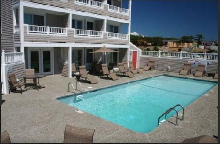 1BR unit - use beach and 2 pools - Dennis Port - Apartment