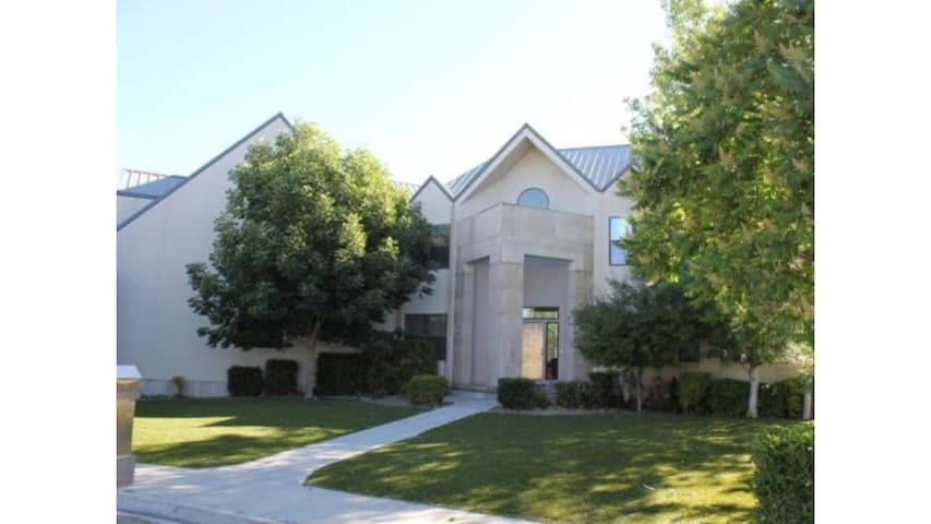 1 BD apt suite with mountain view - Provo - Apartment