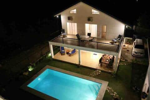 Nasugbu Batangas Rest House with pool