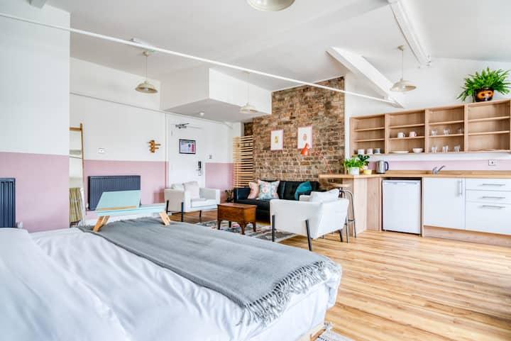 Selina Manchester NQ1 - Unique Room