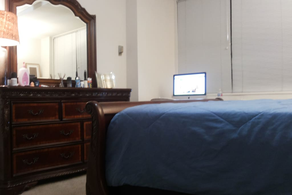 NEED A PLACE TO STAY IN D.C ?
