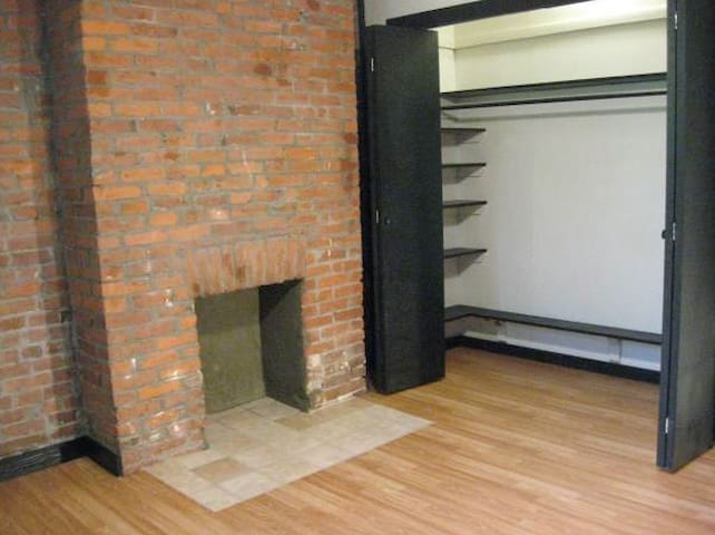 Brand new loft style house - Pittsburgh - Huis