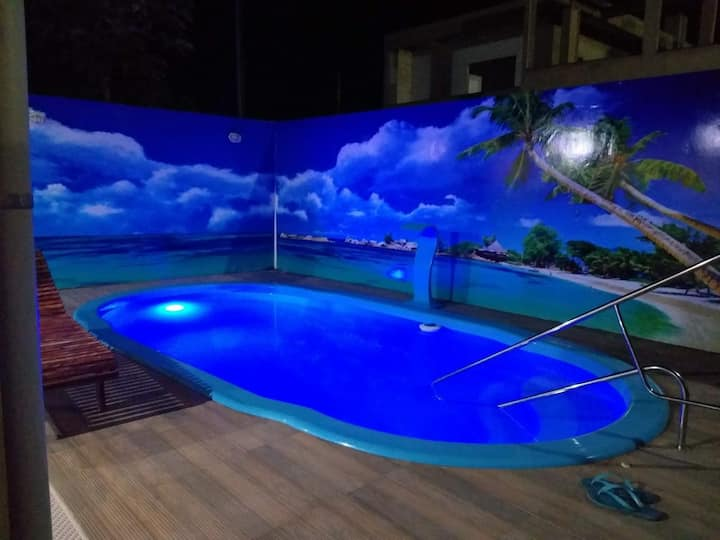 5 quartos, ar condicionado, piscina, wifi, freezer