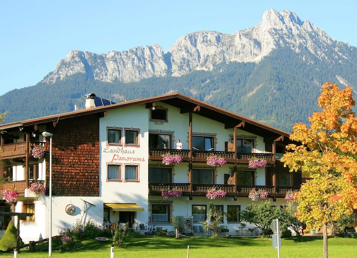 BEAUTIFUL APARTMENT (2-4 P) Balcony + free WIFI