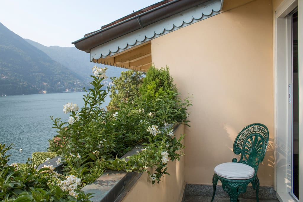 balcone camere balcony connecting bedrooms