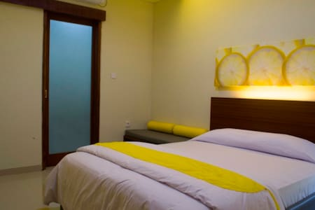Budget Hotel in Denpasar - House