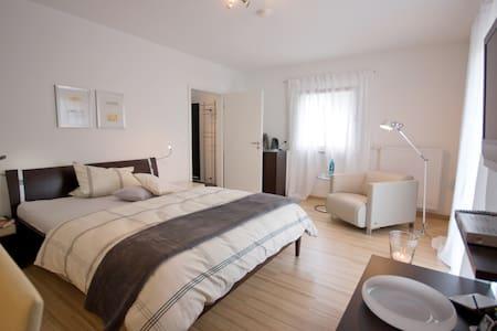 Long Stayer Appartment - Mühltal - Lejlighedskompleks
