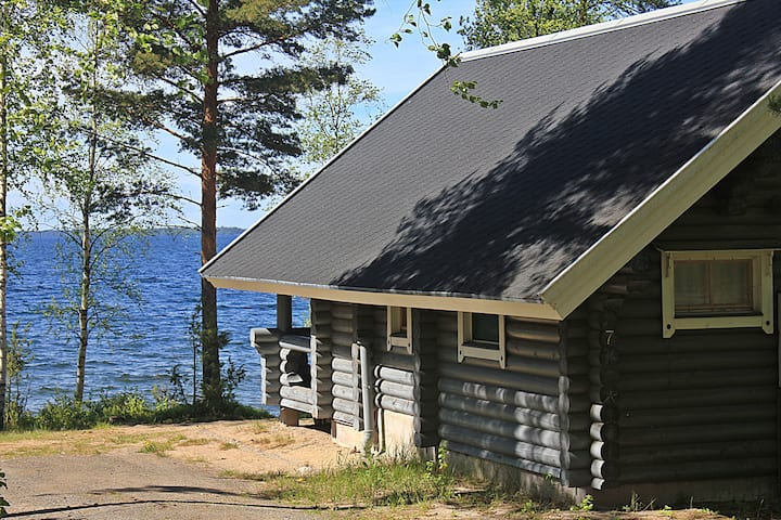 Traditional cabin Lakeside Wolf (1)