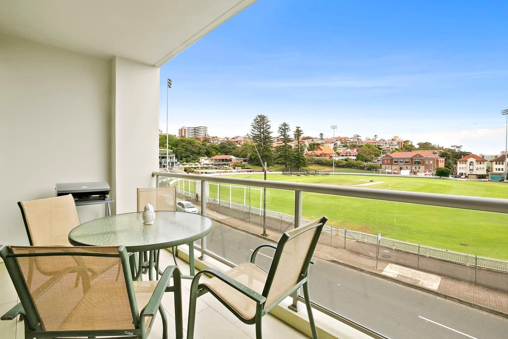 North Facing view over Manly Oval