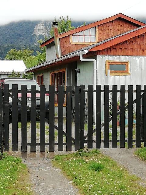 Alojamiento la casa del fondo $10.000 por persona.