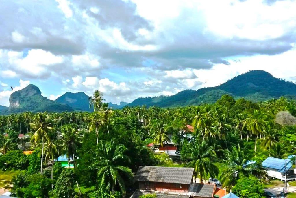 Stunning mountain view over Krabi