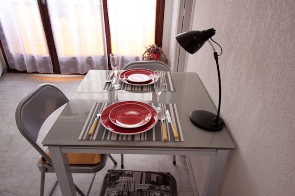 table en verre avec rallonge