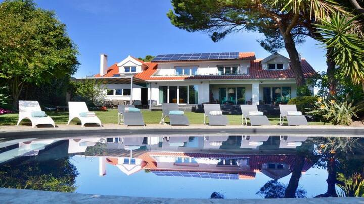 Villa in cascais up to 20 with private pool