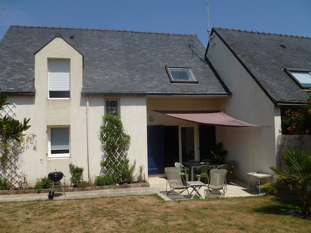 House near harbour, seaview, garden - Auray - Rumah