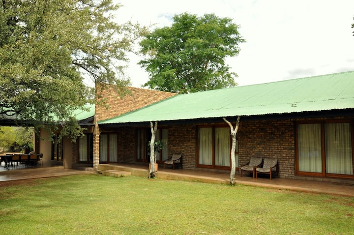 Ukutula VIP Private lodge (10 bed)