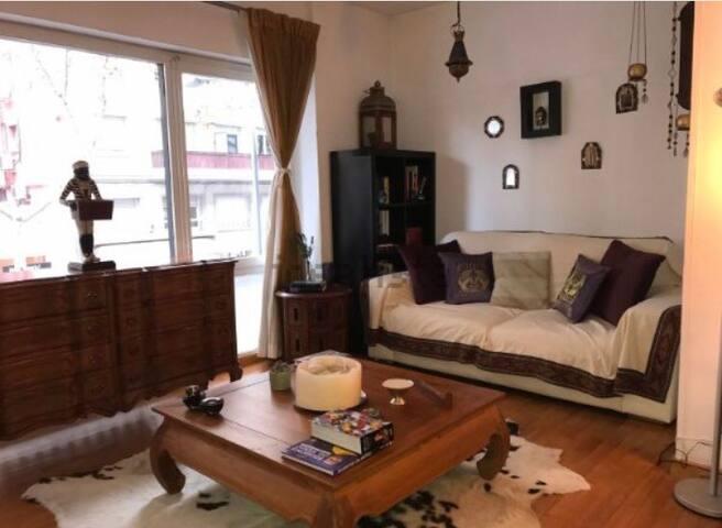 Room in Sant Gervasi (Santaló Area) - Barcelona