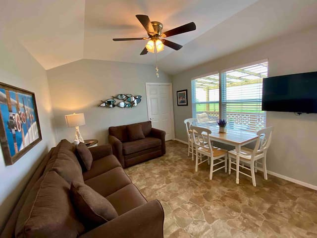 Whether your enjoying the view of Copano Bay from your living room, kicking back watching Netflix or sitting on your spacious covered deck, there is something for everyone to enjoy while staying in Redfish Lodge.