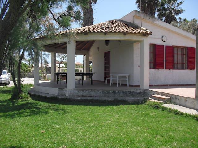VILLETTA PICCIO - Calabernardo - Vila