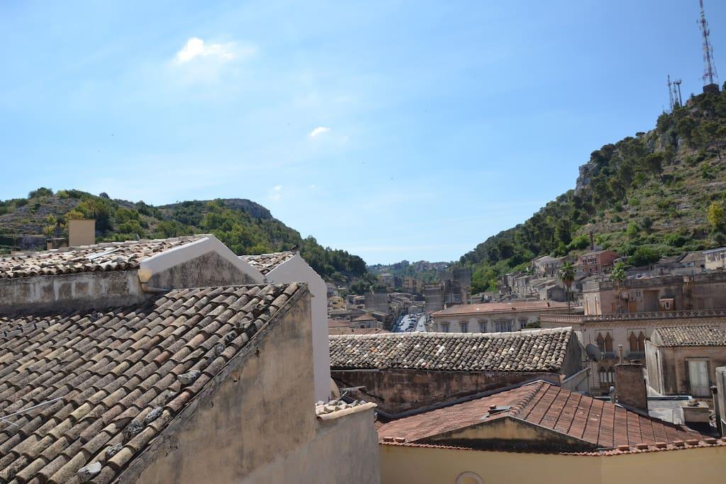Casa miranda case in affitto a modica sicilia italia for Case in affitto a modica arredate