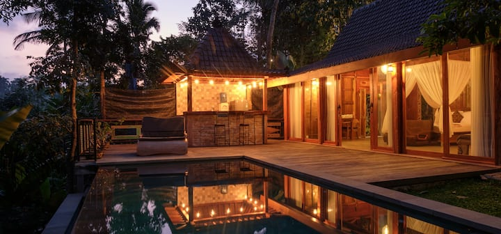 Bebalilodge, one bedroom house with private pool