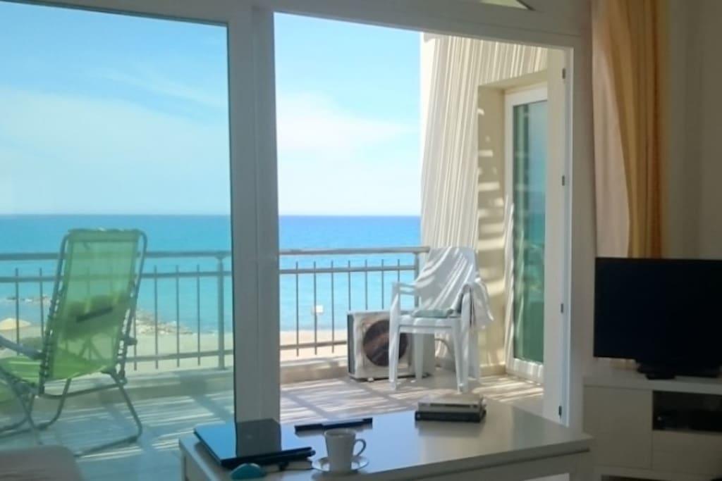 Satellite TV and fabulous balcony