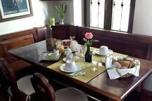 The breakfast dinette