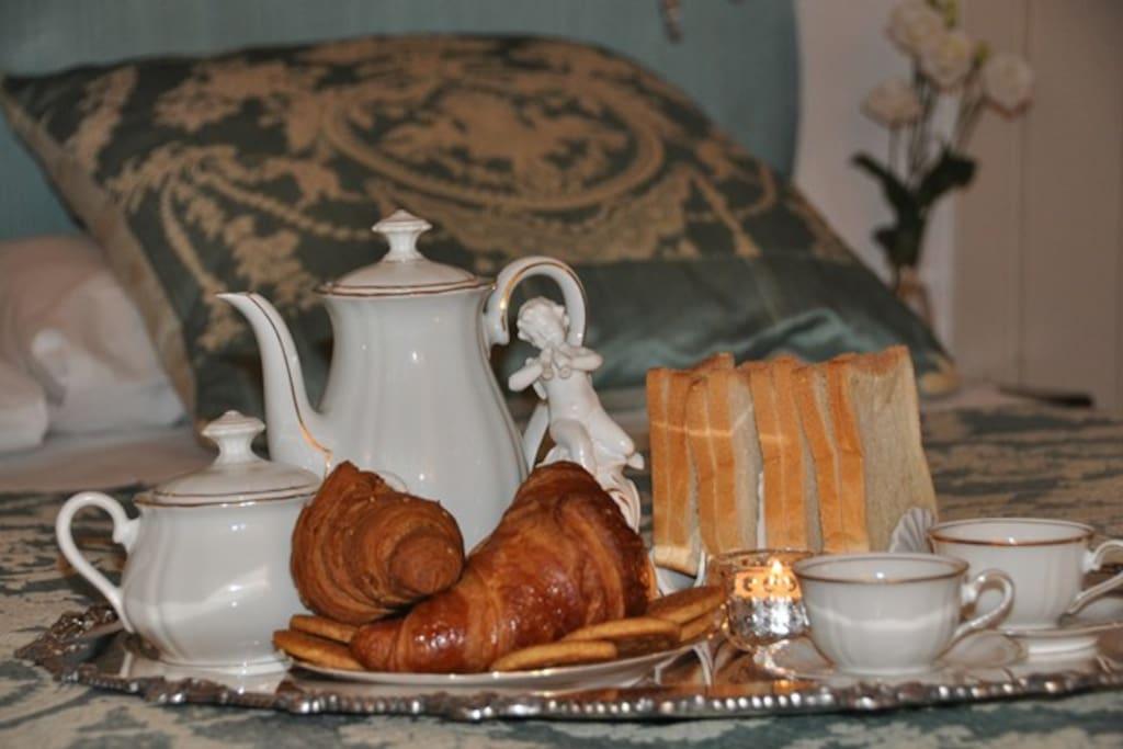 Enjoy your breakfast in bed