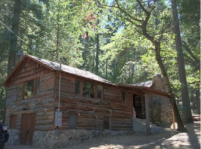 Mountain Retreat at Happy Holler Cabins - Palomar Mountain - Kabin