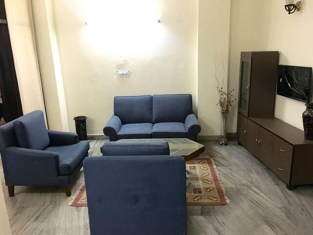 Full private home at Malviya Nagar - New Delhi - Appartement