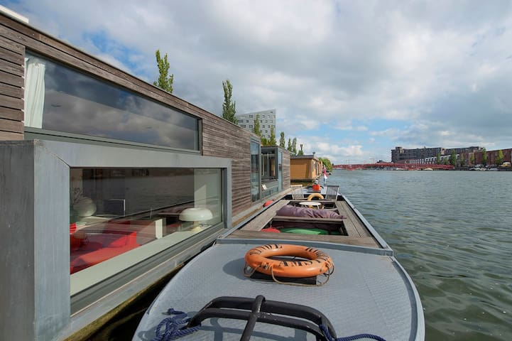 Luxurious houseboat 10 min to Central Station - Amsterdam - Båt