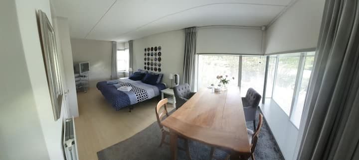 Discover Amersfoort! Private floor with balcony.
