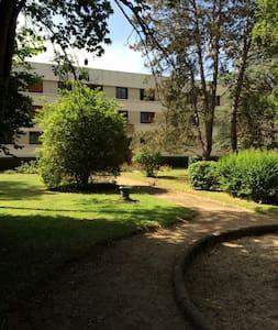 Appartement 4 pièces - L'Étang-la-Ville - Apartmen
