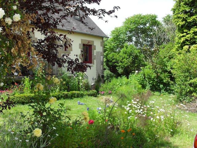 Le jardin de Janou et Léo (+p'tit dej)