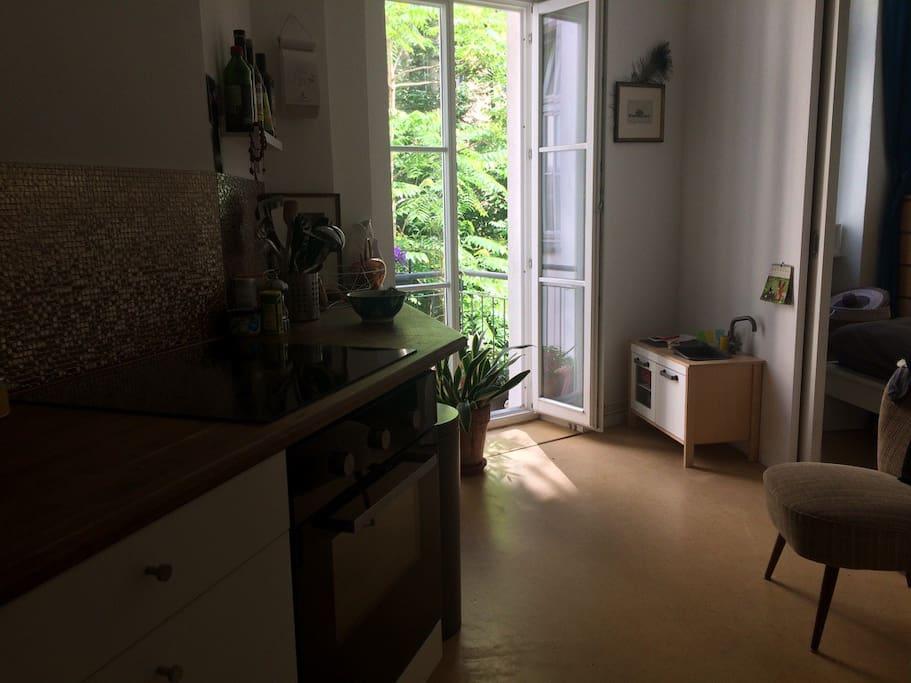 sch ne altbauwohnung im gr fekiez wohnungen zur miete in berlin berlin deutschland. Black Bedroom Furniture Sets. Home Design Ideas