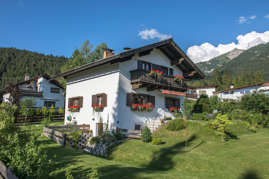 Chalet Nursery And Garden Center: Romantic Cosy Tyrolean Cottage With Wide Garden