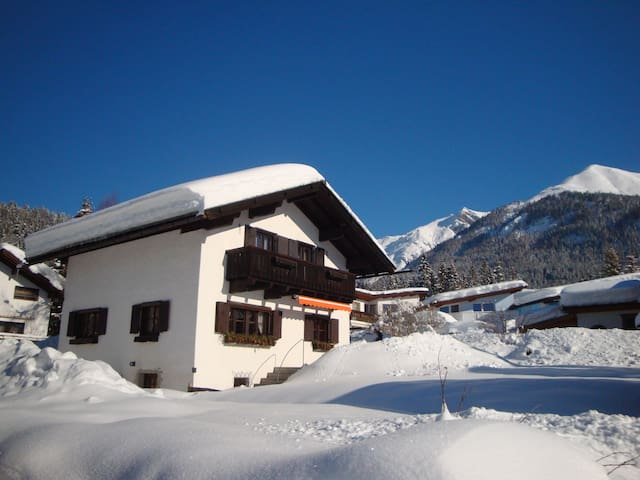 Romantic Cosy Tyrolean Cottage