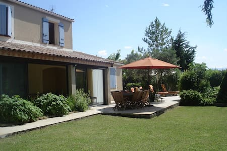 Maison en Provence avec piscine - Le Thor