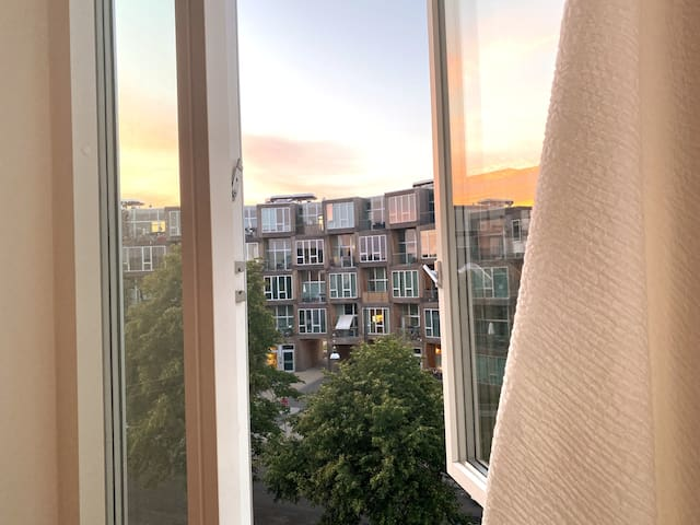 Flat w. Rooftop in Vibrant Norrebro.