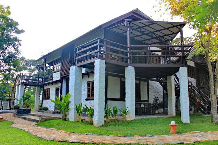 Poinciana Cottage@Phutawan เขาใหญ่ - Pak Chong - Villa