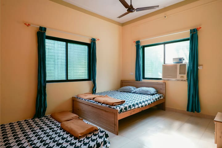 Double bedded pvt. AC room Alibaug - Nandgaon - Willa