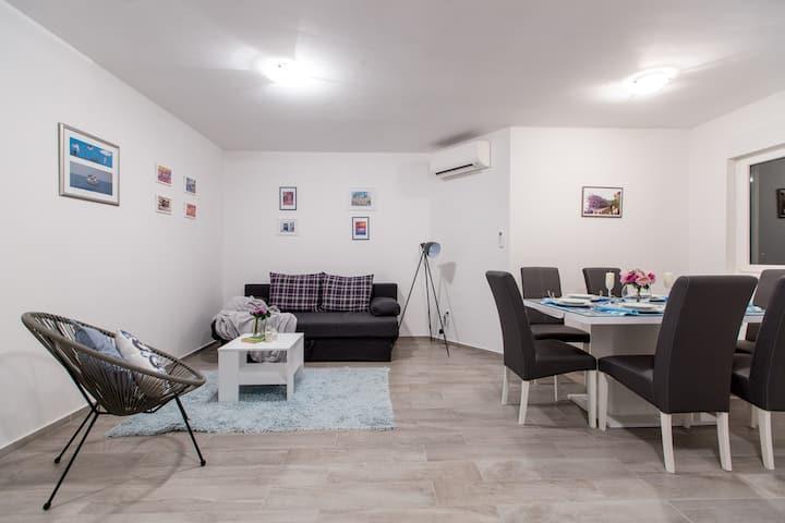 Maiv Apartments, Apartment Jaz