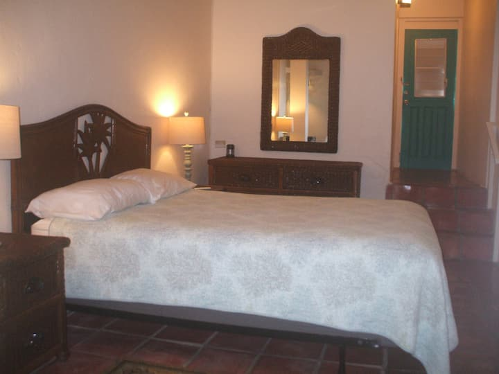 Trade Winds B&B Esperanza, Room 3, sleeps 2