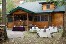 Guests had a summer wedding at the cabin - it was beautiful!