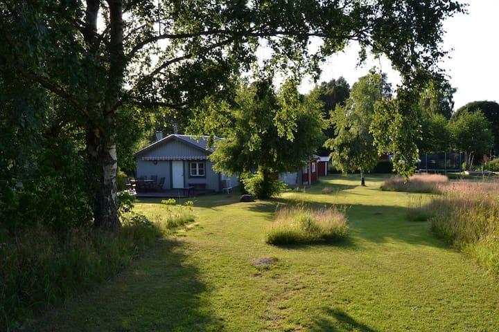 Mysig sommarstuga på Öland uthyres - Färjestaden - House
