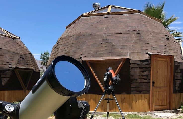 Hotel Tukun Mapu: Telescopios y Domos Geodésicos