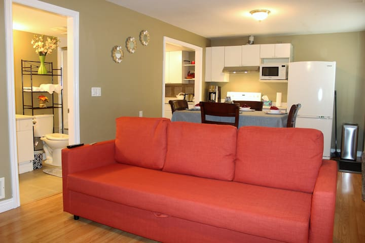 Rest in Nest - Family Suite w/ own entrance